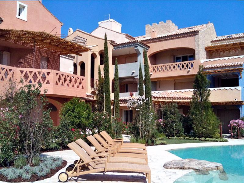 Green garden group progettazione realizzazione - Green garden piscina ...